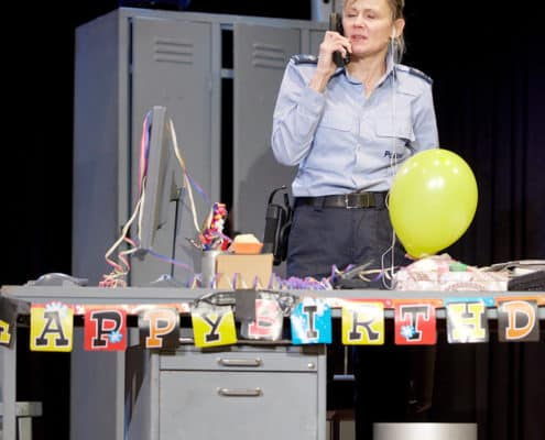 Foto Mundart-Komödie Polizeiruf 117 - Mittwochgesellschaft Meilen