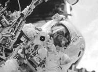 ‹Schritte im Weltraum›: Ein persönliches Gespräch mit dem Astronauten Claude Nicollier, moderiert von Stephan Klapproth